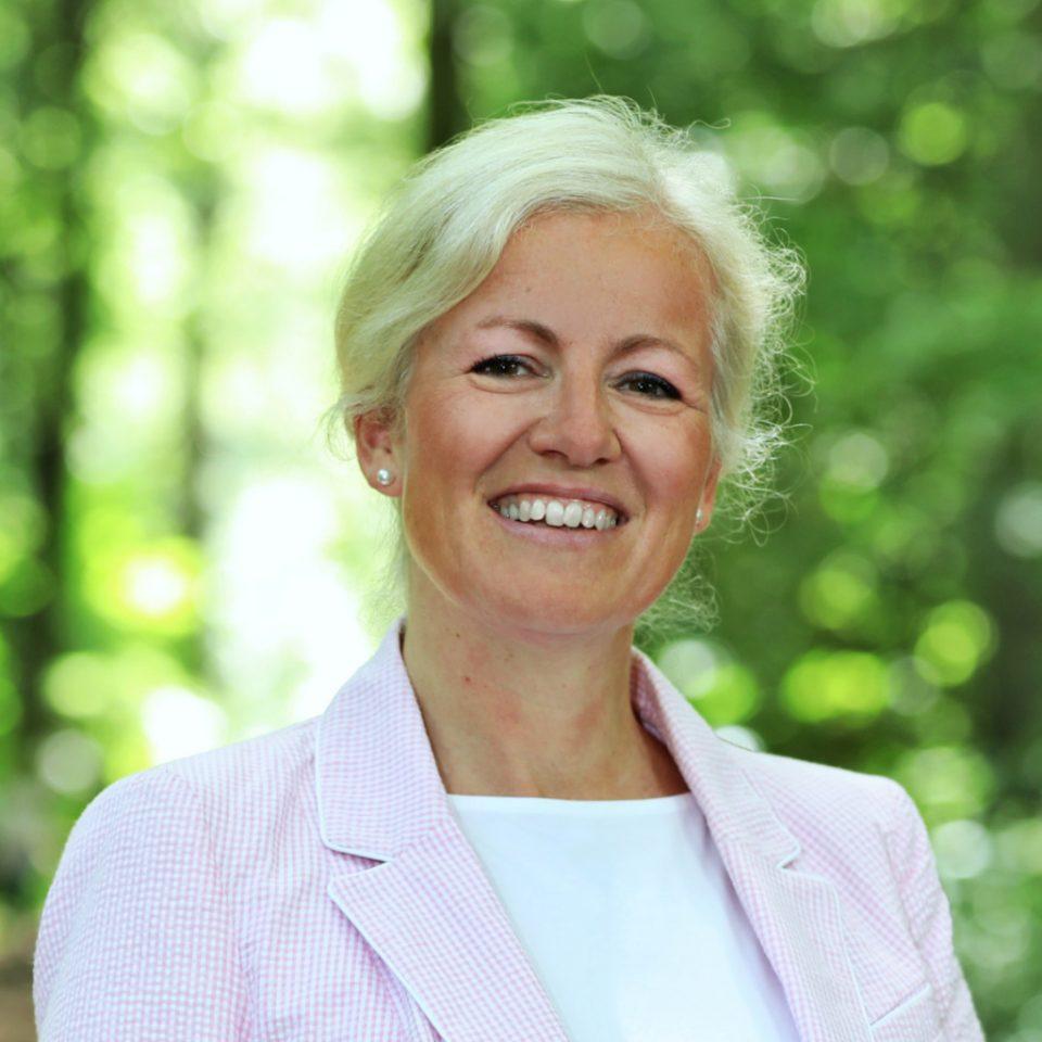 Christine Hippchen - Referentin des Vorstands - Nbeb